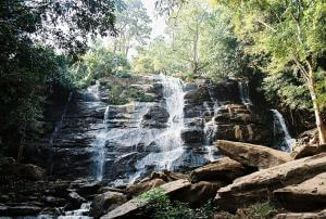Oplev Nordthailands smukke natur ved Mae Sa Waterfall i Chiang Mai
