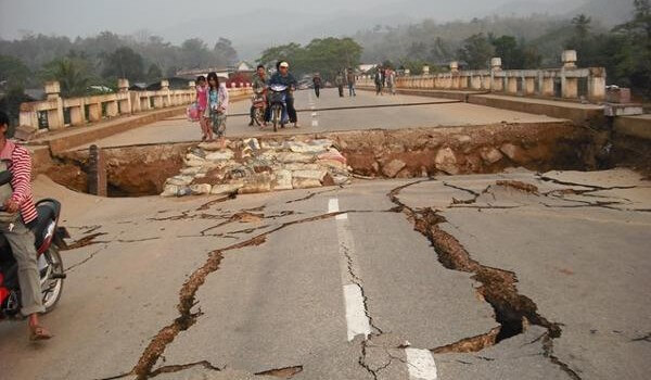 Jordskælv på 6.6 rammer Chiang Mai