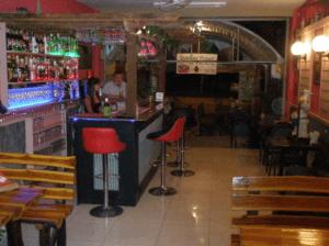 Andrews Bar & Grill I San Sai