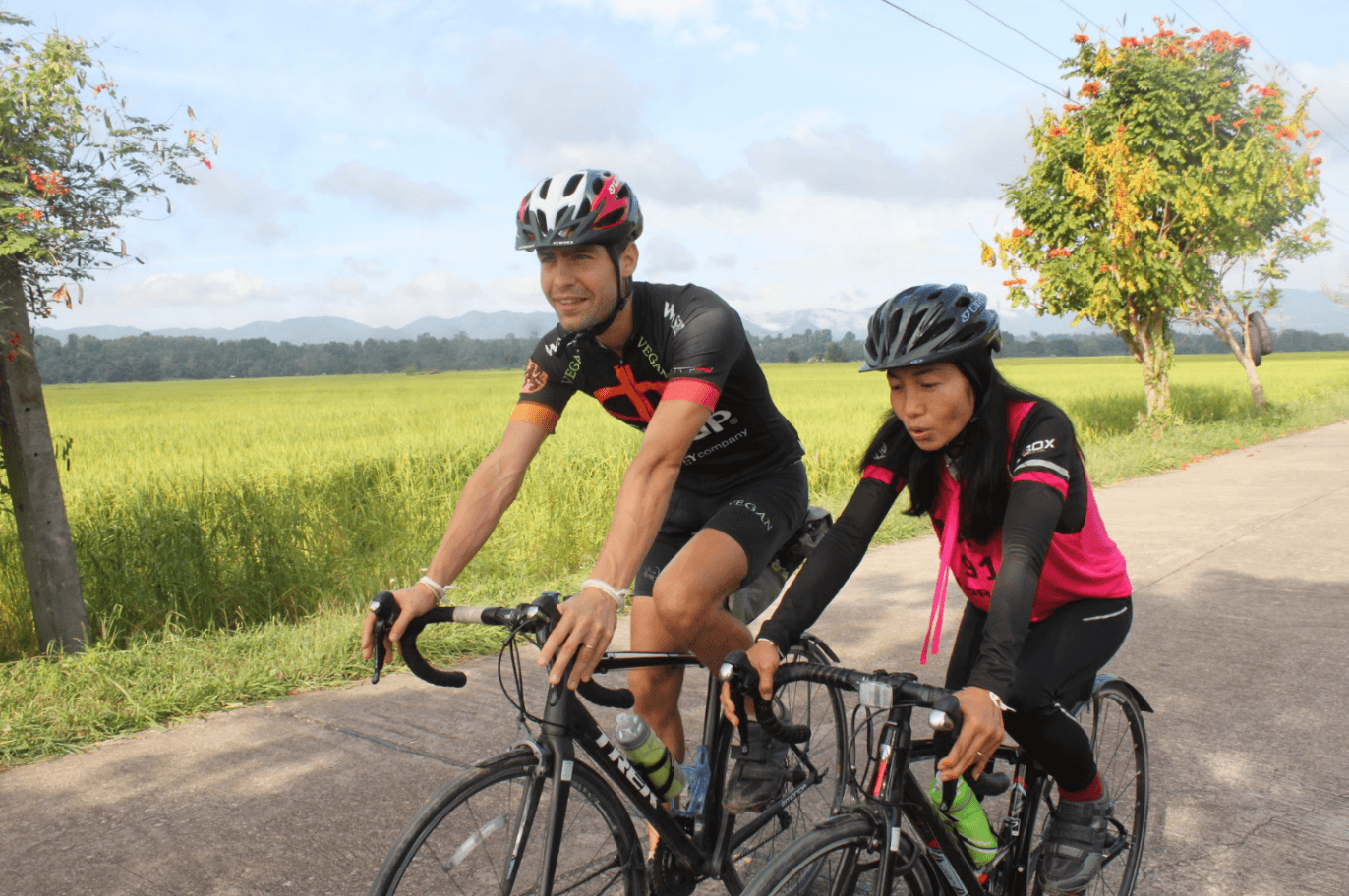 Cycling-Together-Lek-And-Greg